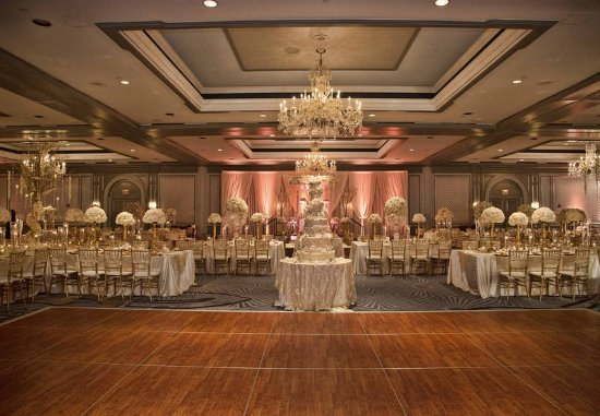 The Henry, Autograph Collection: Presidential Ballroom - Wedding Reception