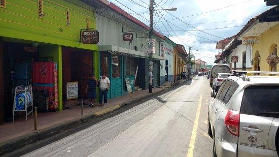 Hostal Guardabarranco: Hotel Street