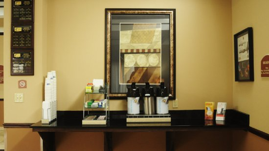 Sedalia, Missouri: 24 hour coffee in Lobby