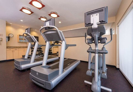 TownePlace Suites Huntington: Fitness Center