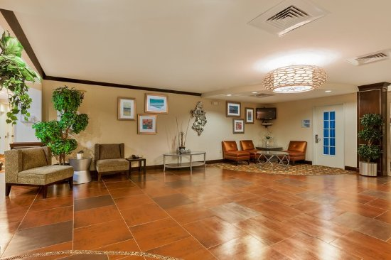 Alpine, تكساس: Relax in our spacious Lobby