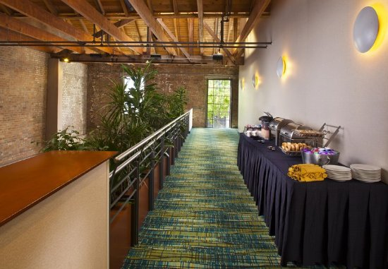 SpringHill Suites New Orleans Downtown/Convention Center: Event Foyer