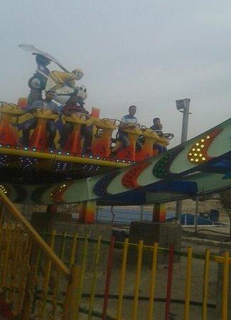Bahadurgarh, Ινδία: ali brothers amusement rides thrilling mega disco for sale