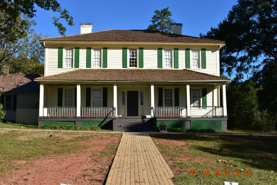A.H. Stephens State Historic Park: This is the home of A. H. Stephens. Unfortunately, it is closed on Mon - Thursday. It is well ke