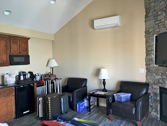 "Norseman Resort: Living room with ""Mr. Slim"" AC/heating unit from Mitsubishi"
