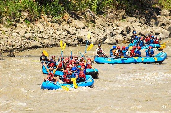 Nepal River Runner