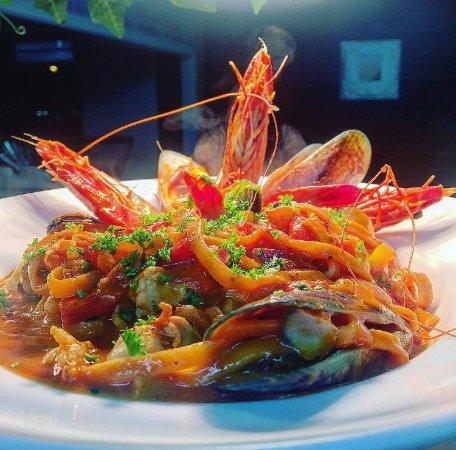 AEGEAN LANE: Seafood Linquine