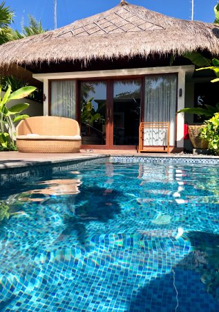 Lembongan Beach Club And Resort Suite Con Piscina