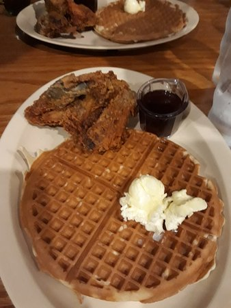Roscoe's House of Chicken & Waffles: 20171102_131147_large.jpg