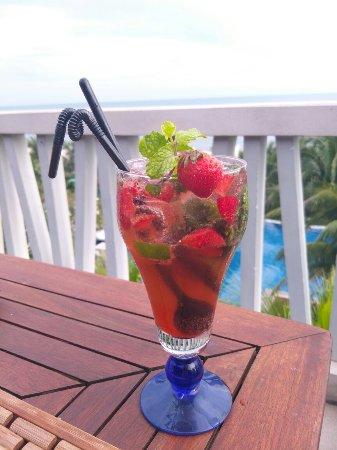 The Cliff Resort & Residences: IMG_20171030_144958_large.jpg