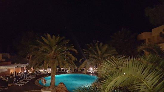 Hotel Spa Sagitario Playa: 20171030_214106_large.jpg