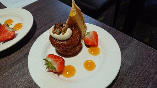 Tankersley, UK: Lunchtime dessert