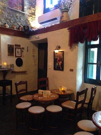 Skiathos Town, Yunani: The Old Port House Bar