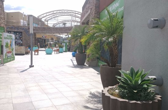 Day Time Picture Of The Shops At Anaheim Gardenwalk Anaheim Tripadvisor