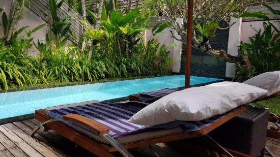 Bali Island Villas & Spa: Pooldeck