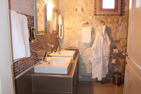 Petrino Suites Hotel Bewertung