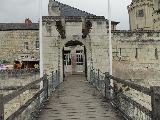 Chateau de Saumur: DSCN1469_large.jpg