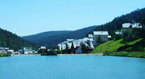 Sivas, ตุรกี: Yeşil doga göl her sey burada