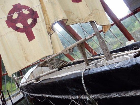Sixmilebridge, Ireland: Brendan Voyage boat exhibit Craggaunowen