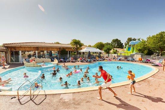 Vendee, Frankrike: Réveil musculaire (aquagym) au Camping La Grand' Métairie