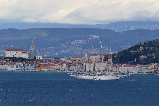 Savudrija, Kroatia: Blick nach Piran und Star Flyer