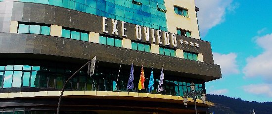 Exe Oviedo Centro: Front of the building