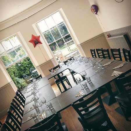 Restaurant Lugley Street Newport