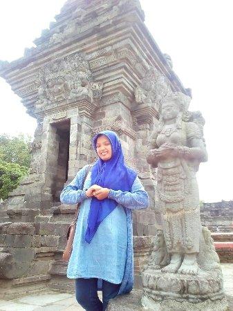 Penataran Temple: IMG_20171016_101902_large.jpg