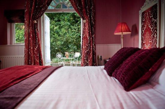 Ravenwood Hall Country Hotel: Mews Room 4