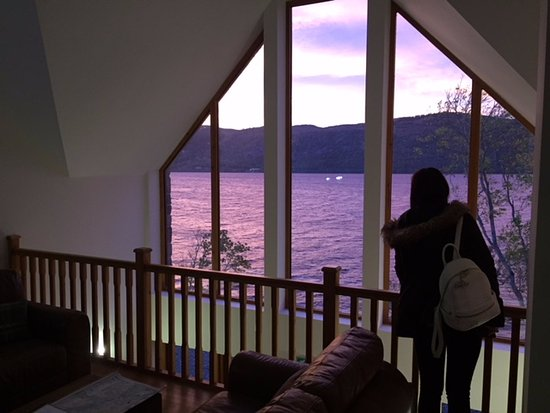 Dores, UK: Sitting Room View