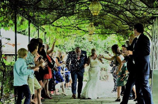 Ravenwood Hall Country Hotel: Weddings at Ravenwood Hall