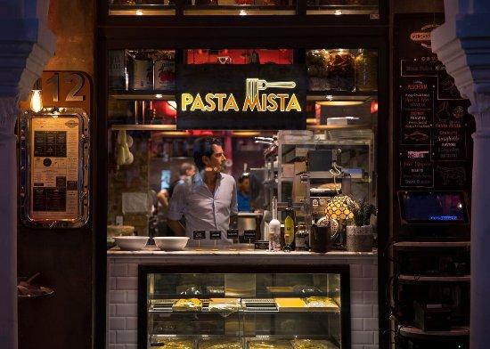 El Paseo Hotel: Pasta Mista Restaurant