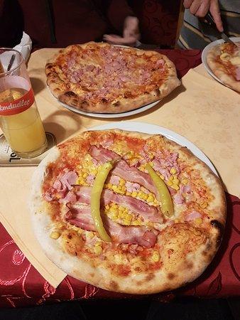Tulln, Oostenrijk: Pizzeria Borsalino