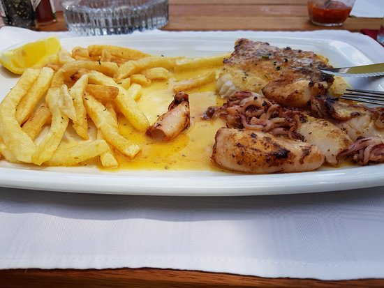 Portugal Restaurant: calamari & kingklip