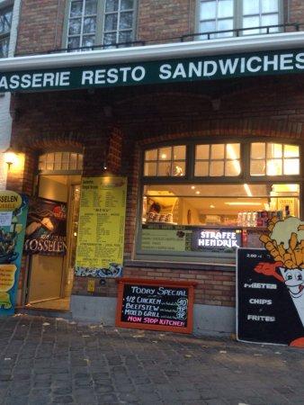 Mont Laurier, Canadá: Brasserie le Bistro Resto Pub