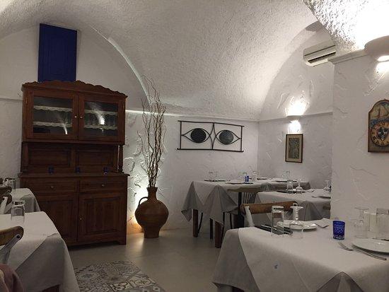 restaurant neptune oia restaurant reviews phone number photos tripadvisor. Black Bedroom Furniture Sets. Home Design Ideas