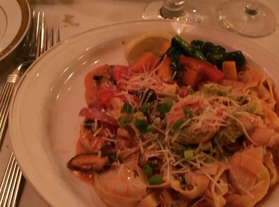 Kings Beach, CA: White Shrimp, Fresh Sea Scallops & 1/4 Maine Lobster Tail