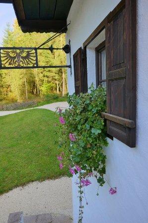 Grossgmain, Austria: Latschenwirt-Restaurant-Eingang