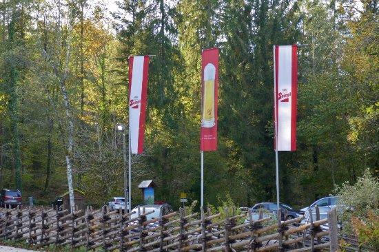 Grossgmain, Austria: Waldparkplatz am Untersberg