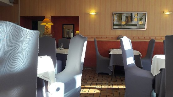 Bressuire, Fransa: Hôtel Restaurant la Boule d'Or