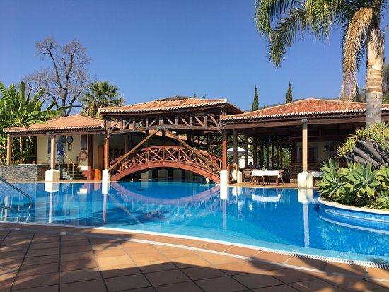 Quinta Jardins do Lago: The Pool