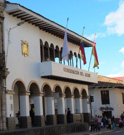 Edificio de la Gobernacion de Azuay