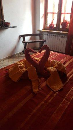 Sinio, Włochy: Camera rossa attrezzata per disabili