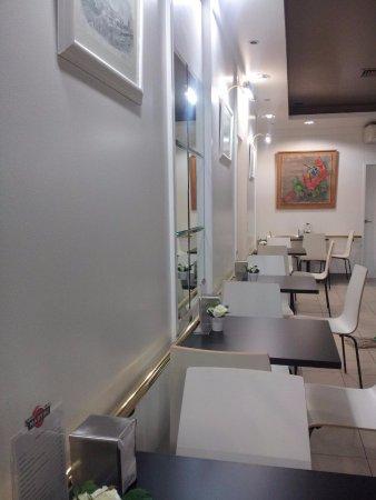 Restaurante pastelaria caminhense en none con cocina otras for Cocinas europeas