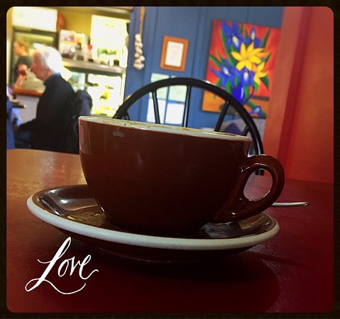 Waikanae, Yeni Zelanda: Always a lively cafe with great food and coffee, and friendly staff