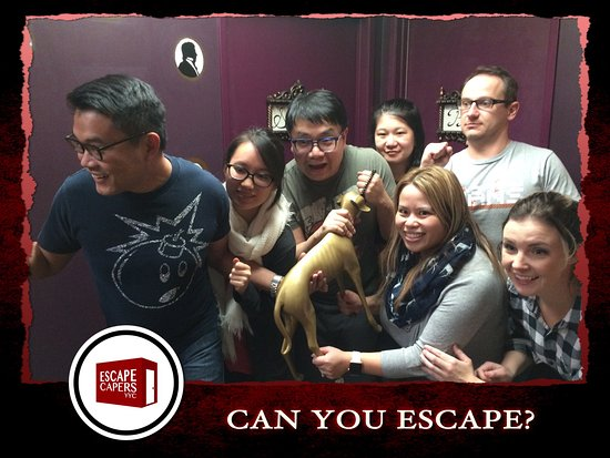 Calgary, Kanada: Final group in Maxim's Dinner Party - Escaped in 49:00!