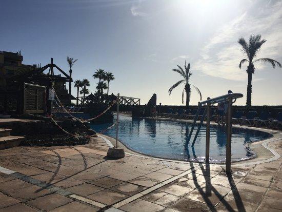 Tranquilidad sin aglomeraci n bild fr n bluebay beach - Apartamentos bluebay beach club ...