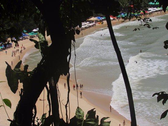 Santuario Ecologico de Pipa: abajo Praia Madeiro