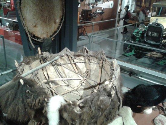 """Gering, NE: bateau indien en forme de """"coquille de noix"""""""