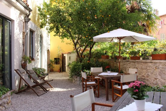 La petite maison prices b b reviews menton france - Hotels in menton with swimming pool ...